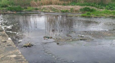 """Η """"Λαϊκή Συσπείρωση"""" Ελασσόνας για τη μόλυνση στον Ελασσονίτη ποταμό"""