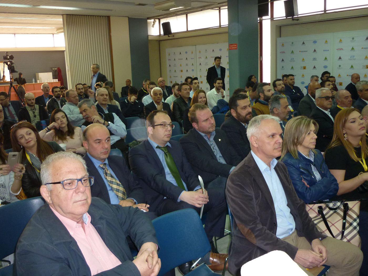 Σημαντική εσπερίδα για τη διαχείριση και αξιοποίηση αποβλήτων πραγματοποιήθηκε στο ΤΕΕ Λάρισας (φωτο)