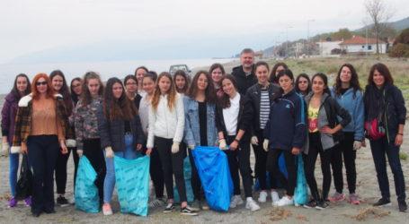 Καθαρισμός ακτών στην παραλιακή ζώνη του Δήμου Αγιάς στο πλαίσιο του Let's Do It Greece