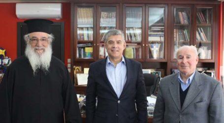 Συνάντηση του Περιφερειάρχη Θεσσαλίας με τον Αρχιερατικό Επίτροπο Αγιάς π. Αθ. Μακρή
