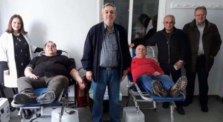 Επιτυχημένη αιμοδοσία από τους εργαζόμενους στο ΕΚΑΒ Λάρισας