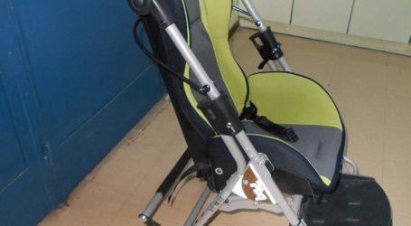 Τα καπάκια γίνονται αναπηρικό καροτσάκι από τους ενεργούς πολίτες Λάρισας