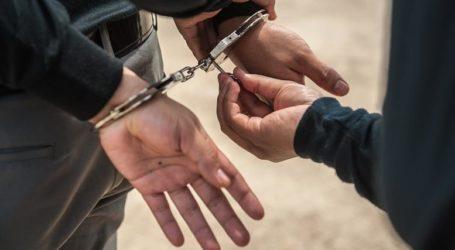 Συνέλαβαν 38χρονο που πουλούσε παπούτσια στο κέντρο του Βόλου