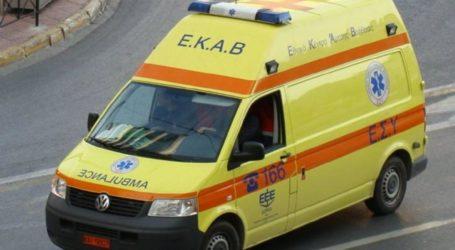 Βόλος: Στο Νοσοκομείο νεαρός με μηχανάκι μετά από τροχαίο ατύχημα
