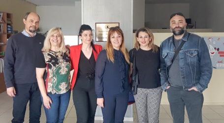 Στη συνεργασία με τους οδοντιάτρους επενδύει η… Νάνσυ Καπούλα!