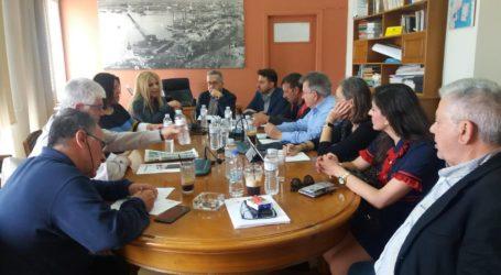 Νέος γερανός στο λιμάνι του Βόλου – Σύσκεψη στην Π.Ε. Μαγνησίας