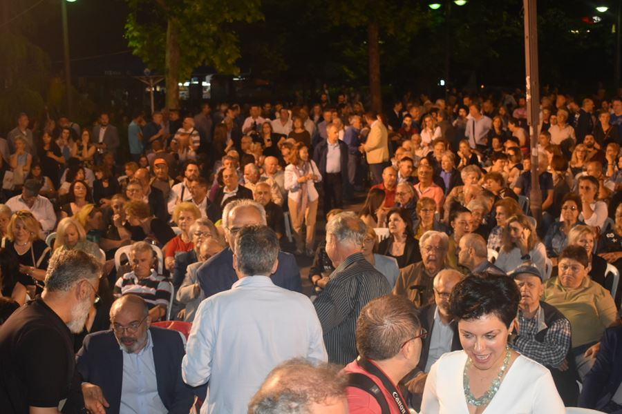 Δείτε φωτορεπορτάζ από την ομιλία του Απ. Καλογιάννη στην Κεντρική πλατεία