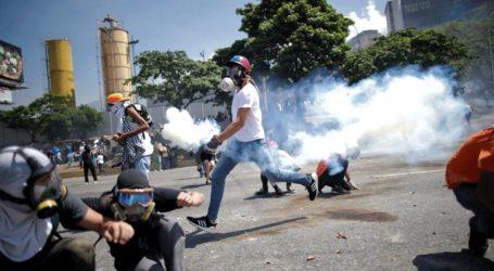 Συγκρούσεις μεταξύ διαδηλωτών και δυνάμεων ασφαλείας