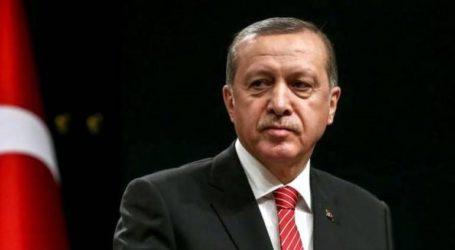 Ο Ερντογάν δηλώνει αποφασισμένος να μειώσει τα επιτόκια στα επιθυμητά επίπεδα