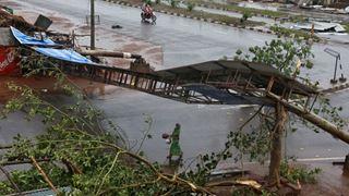 Τουλάχιστον δύο νεκροί από τον κυκλώνα Φάνι