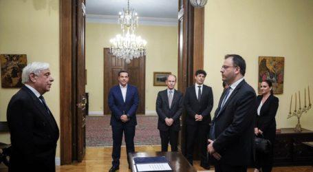 Ο Θανάσης Θεοχαρόπουλος ορκίσθηκε νέος υπουργός Τουρισμού