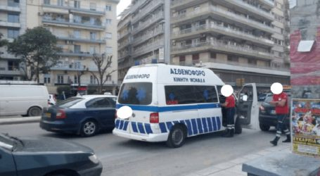 Σύγκρουση μεταξύ ασθενοφόρου και Ι.Χ. στο κέντρο της Θεσσαλονίκης