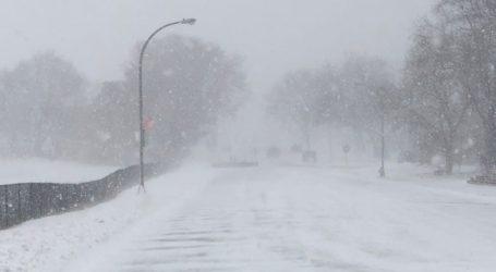 Σφοδρή χιονόπτωση πλήττει τη Ρουμανία