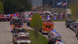Ένας νεκρός και επτά τραυματίες από πυρά σε σχολείο στο Nτένβερ