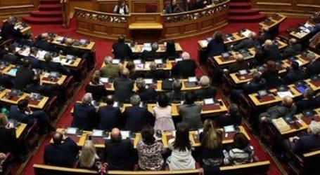 Η συζήτηση στη Βουλή για ψήφο εμπιστοσύνης στην κυβέρνηση