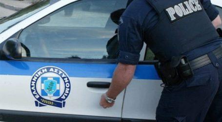 Επίθεση με βαριοπούλα σε εκλογικά γραφεία στην Παλαιά Κοκκινιά