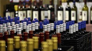 Περισσότερα από 12.880 λίτρα αλκοολούχων ποτών κατασχέθηκαν από την ΑΑΔΕ κατά την περίοδο του Πάσχα