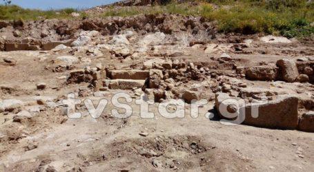 Αρχαία πόλη αναδύεται έξω από τη Χαλκίδα