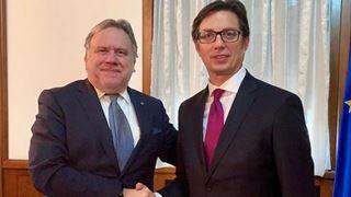 Ο ΥΠΕΞ Γ. Κατρούγκαλος συναντήθηκε με τον νέο προέδρο της Βόρειας Μακεδονίας