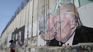 Η «συμφωνία του αιώνα» του Τραμπ δίνει στο Ισραήλ τον έλεγχο των οικισμών της Δυτικής Όχθης