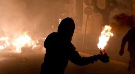 Επίθεση αγνώστων με μολότοφ σε ΜΑΤ τα ξημερώματα