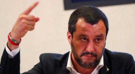 Νομοσχέδιο που προβλέπει πρόστιμα μέχρι 5.500 ευρώ ετοιμάζει ο Σαλβίνι