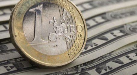 Το ευρώ ενισχύεται οριακά 0,03%, στα 1,1209 δολάρια