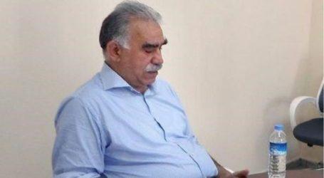 Ήρθη η απαγόρευση που είχε επιβληθεί στον Οτσαλάν να συναντά τους δικηγόρους του