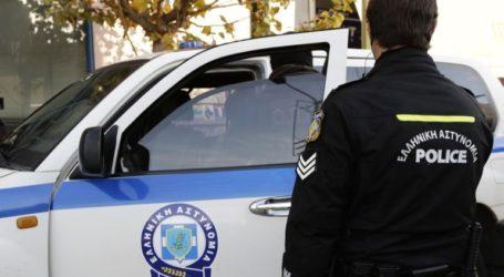 Σύλληψη 24χρονου για παραβάσεις της νομοθεσίας περί ναρκωτικών και όπλων