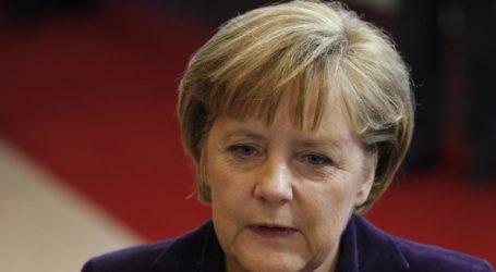 Έκκληση Μέρκελ στους ευρωπαίους πολιτικούς για τις πολιτικές εξελίξεις στην Αυστρία