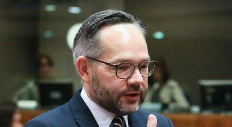 Υπέρ της έναρξης ενταξιακών διαπραγματεύσεων της Ε.Ε. με τη Β.Μακεδονία τάσσεται ο υφ. Εξωτερικών της Γερμανίας