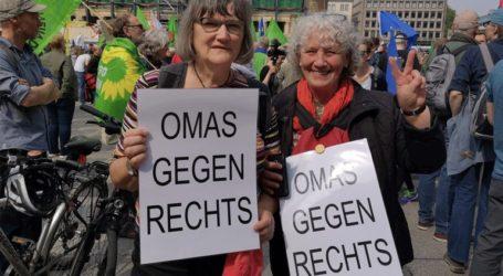 Διαδηλώσεις κατά του εξτρεμισμού σε επτά μεγάλες πόλεις