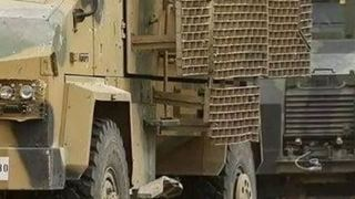 Οι δυνάμεις της Κυβέρνησης Εθνικής Ενότητας ενισχύθηκαν με δεκάδες θωρακισμένα