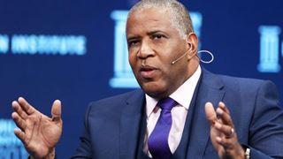 Αφροαμερικανός δισεκατομμυριούχος θα αποπληρώσει τα σπουδαστικά δάνεια 400 σπουδαστών