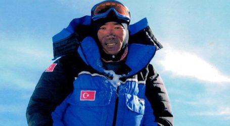 Νέο ρεκόρ αναβάσεων στο Έβερεστ για τον Νεπαλέζο Κάμι Ρίτα