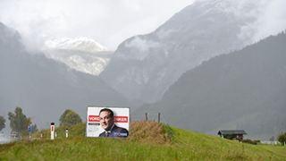 Η αυστριακή ακροδεξιά πιάστηκε με την γίδα στην πλάτη