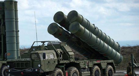 Το Κρεμλίνο καταδικάζει το φερόμενο τελεσίγραφο των HΠΑ για τους S-400