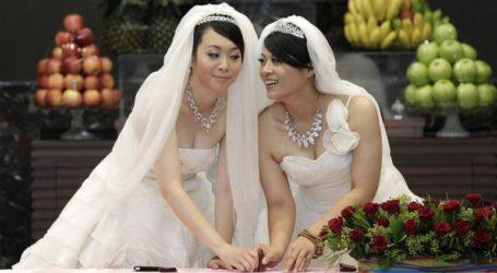 Οι πρώτοι γάμοι ομοφυλόφιλων στην Ασία είναι γεγονός