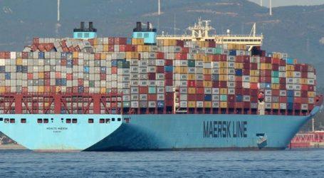 Η Maersk προειδοποιεί για πιθανό πλήγμα στις μεταφορές φορτίων από τις εντάσεις στο εμπόριο