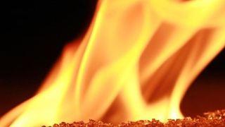Τουλάχιστον 18 μαθητές σκοτώθηκαν σε πυρκαγιά