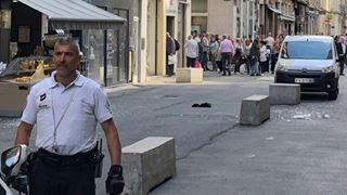 Αναζητείται ο δράστης της βομβιστικής επίθεσης στη Λιόν