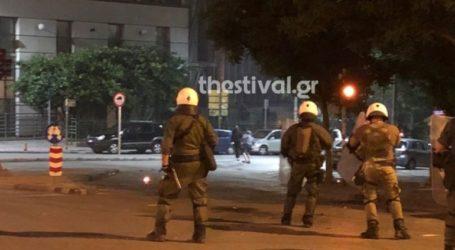 Επίθεση με μολότοφ εναντίον διμοιρίας των ΜΑΤ στη Θεσσαλονίκη