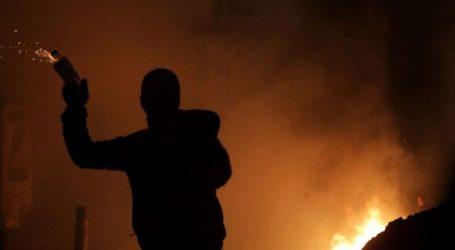 Επίθεση με μολότοφ σε προεκλογικό περίπτερο στον Βύρωνα