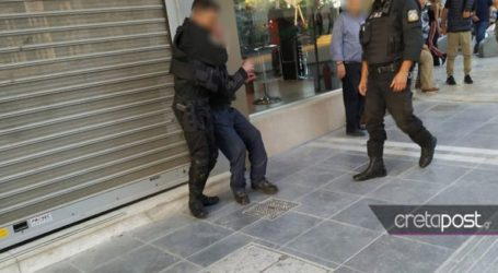 Αναστάτωση από μεθυσμένο στο κέντρο του Ηρακλείου