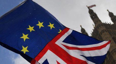 Brexit: Στο συρτάρι, προς το παρόν, το νομοσχέδιο για τη Συμφωνία Αποχώρησης