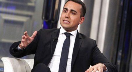 Ο Ντι Μάιο ζητεί ψήφο εμπιστοσύνης από τους υποστηρικτές του κόμματος μετά την ήττα στις ευρωεκλογές