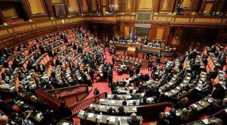 Παραιτήθηκε ο υφυπουργός Μεταφορών Εντοάρντο Ρίξι