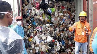 Η Μανίλα επέστρεψε τόνους απορριμμάτων στον Καναδά