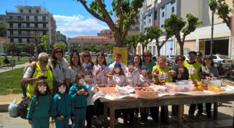 Πρόσκοποι μοίρασαν τρόφιμα με την Κουζίνα Αλληλεγγύης [εικόνες]