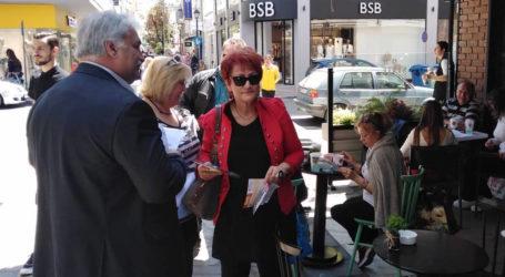 Περιοδεία της Δέσποινας Σπανού στον Βόλο – Μοίρασε φυλλάδια στο κέντρο της πόλης